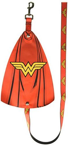 Wonder Woman DC Comics Superhero Red And Yellow Repeating Lo